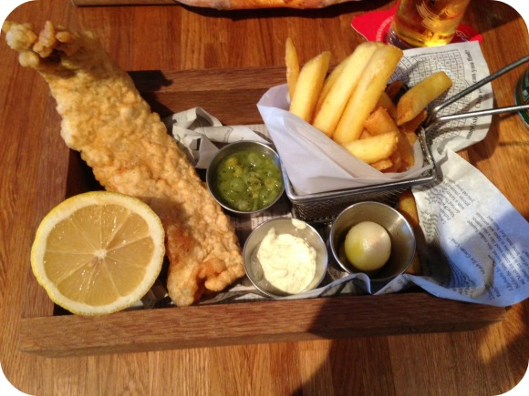 fish and chips fat pug